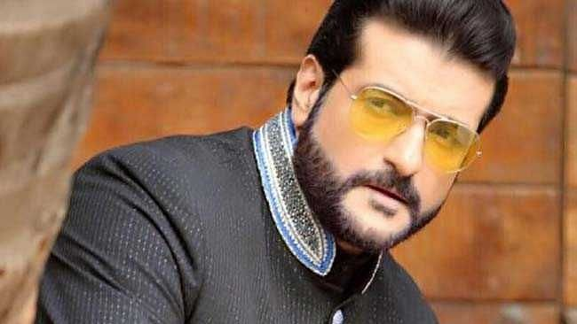"""<div class=""""paragraphs""""><p>Armaan Kohli has been arrested in connection to a drugs case.</p></div>"""