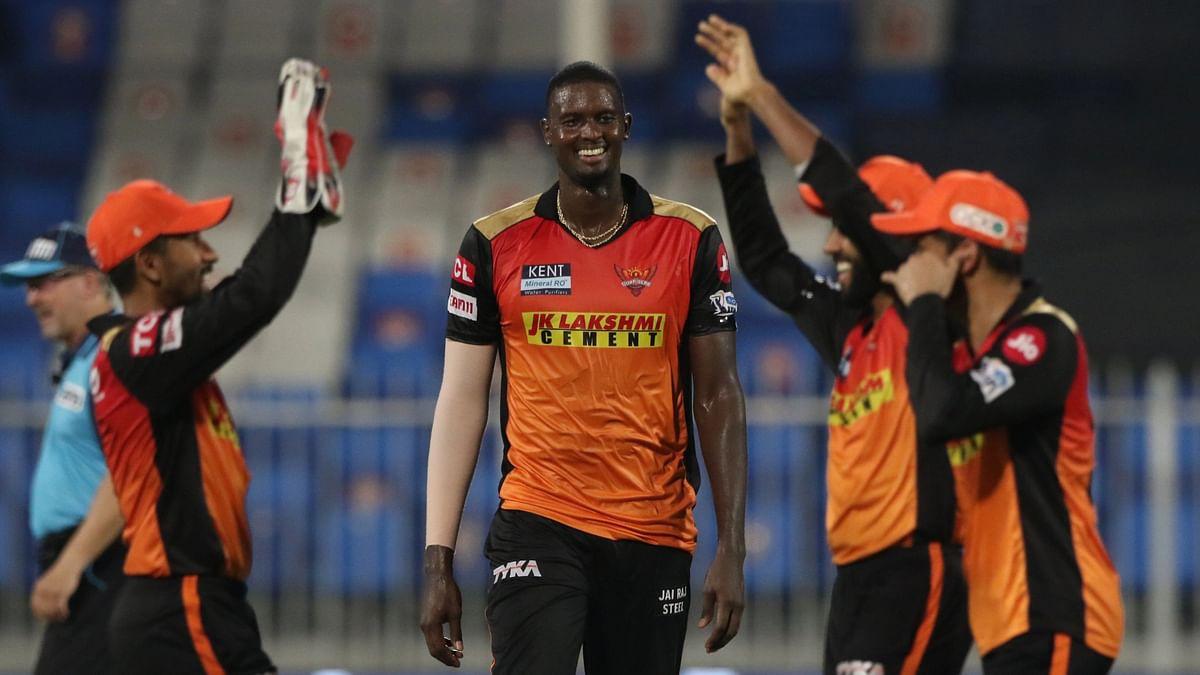 "<div class=""paragraphs""><p>Jason Holder picked three wickets&nbsp;</p></div>"