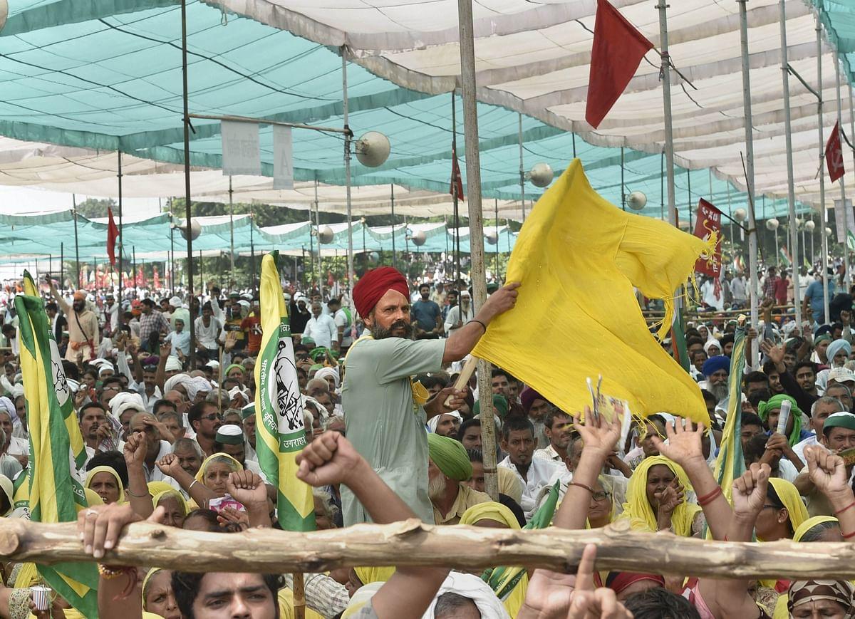 "<div class=""paragraphs""><p>Farmers in large number attend Kisan Mahapanchayat in Muzaffarnagar, Sunday, 5 September 2021.</p></div>"