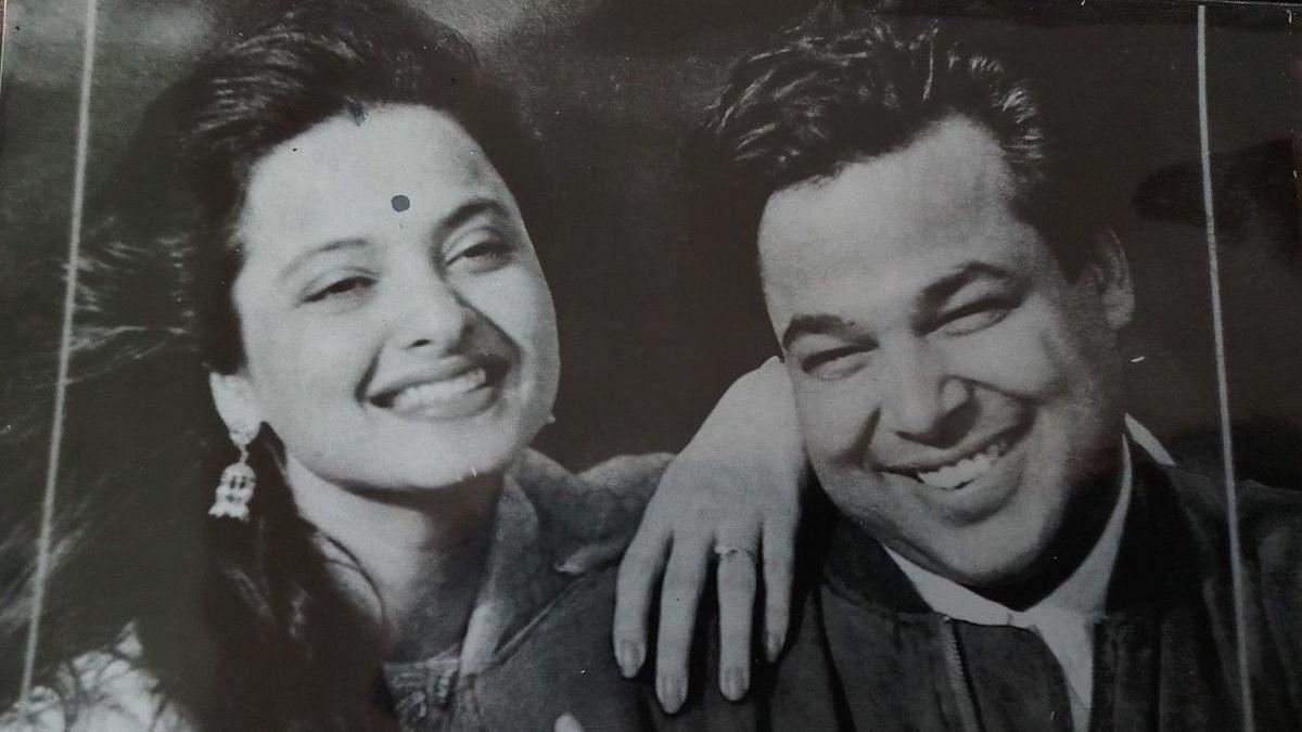 "<div class=""paragraphs""><p>Rekha with Mukesh Aggarwal.</p></div>"