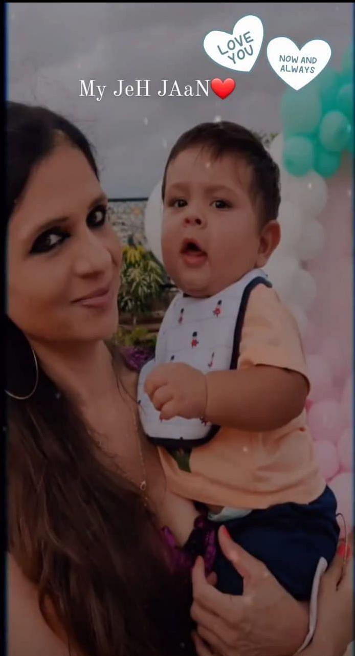 "<div class=""paragraphs""><p>Saba Ali Khan with her nephew Jeh.</p></div>"
