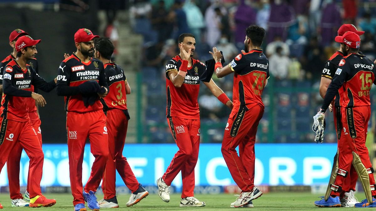 """<div class=""""paragraphs""""><p>Harshal Patel picked 3 wickets.</p></div>"""