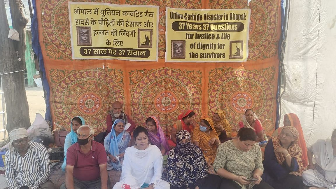 37 Years, 37 Questions: Bhopal Gas Tragedy Survivors Launch Justice Campaign