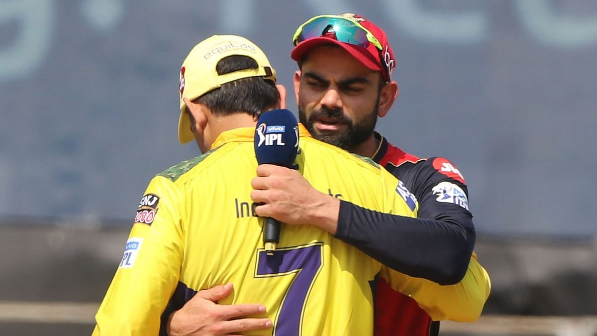 'Greatest Finisher Ever,' Virat Turns Fanboy as Dhoni Guides CSK Into IPL Final