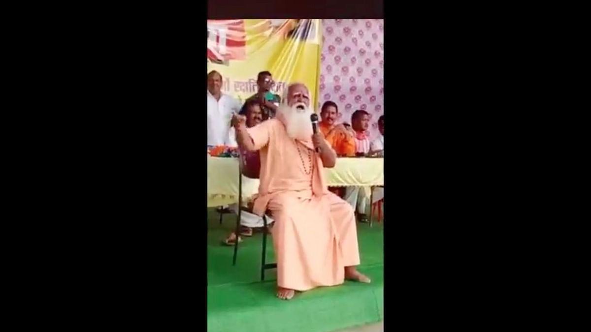 With BJP Leaders Present, Hindutva Leader Calls for 'Beheading of Minorities'