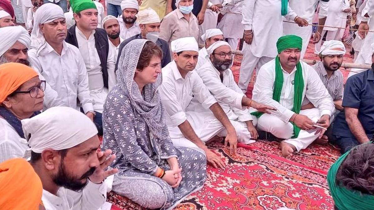 Lakhimpur Unrest: Priyanka Gandhi Attends Last Rites of Deceased Farmers