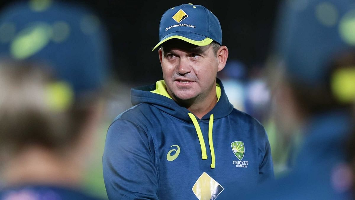 """<div class=""""paragraphs""""><p>Matthew Mott hopes the Tests are 5 days for the women game.</p></div>"""