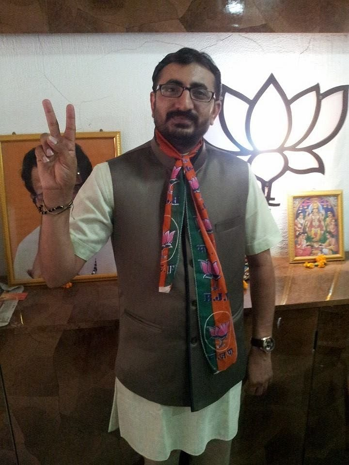 """<div class=""""paragraphs""""><p>Malik claimed that another person present at the NCB office was&nbsp;Manish Bhanushali, vice president of some wing of BJP.</p></div>"""