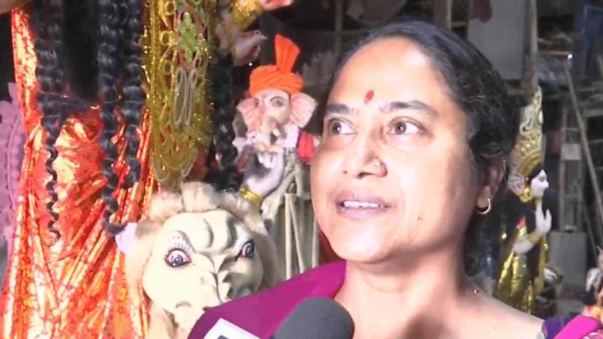 "<div class=""paragraphs""><p>Madhvi Pal, Jharkhand's first female idol maker.</p></div>"