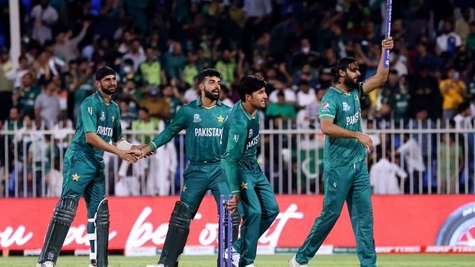 """<div class=""""paragraphs""""><p>Pakistan began their World Cup campaign with two consecutive wins.</p></div>"""