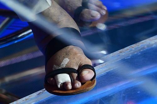 "<div class=""paragraphs""><p>Amitabh Bachchan's injured toe</p></div>"