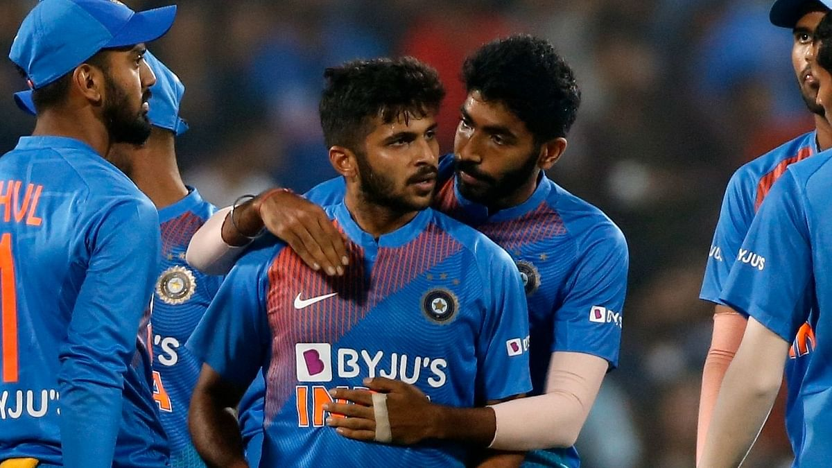 Shardul Thakur Replaces Axar Patel in India's 2021 T20 World Cup Squad