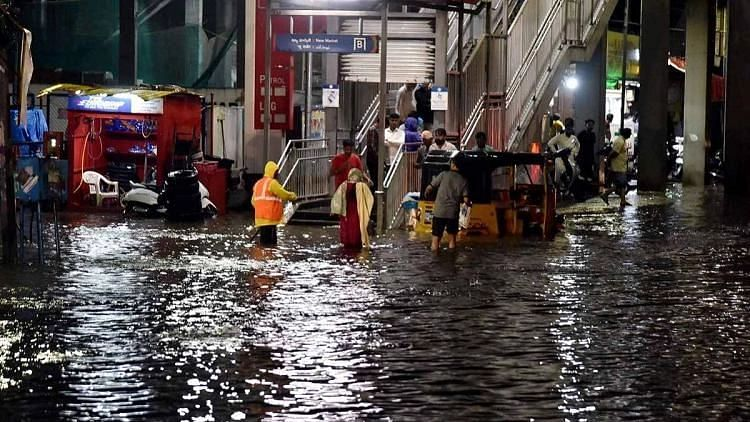 Watch: Heavy Rains Lash Hyderabad, Several Areas Flooded