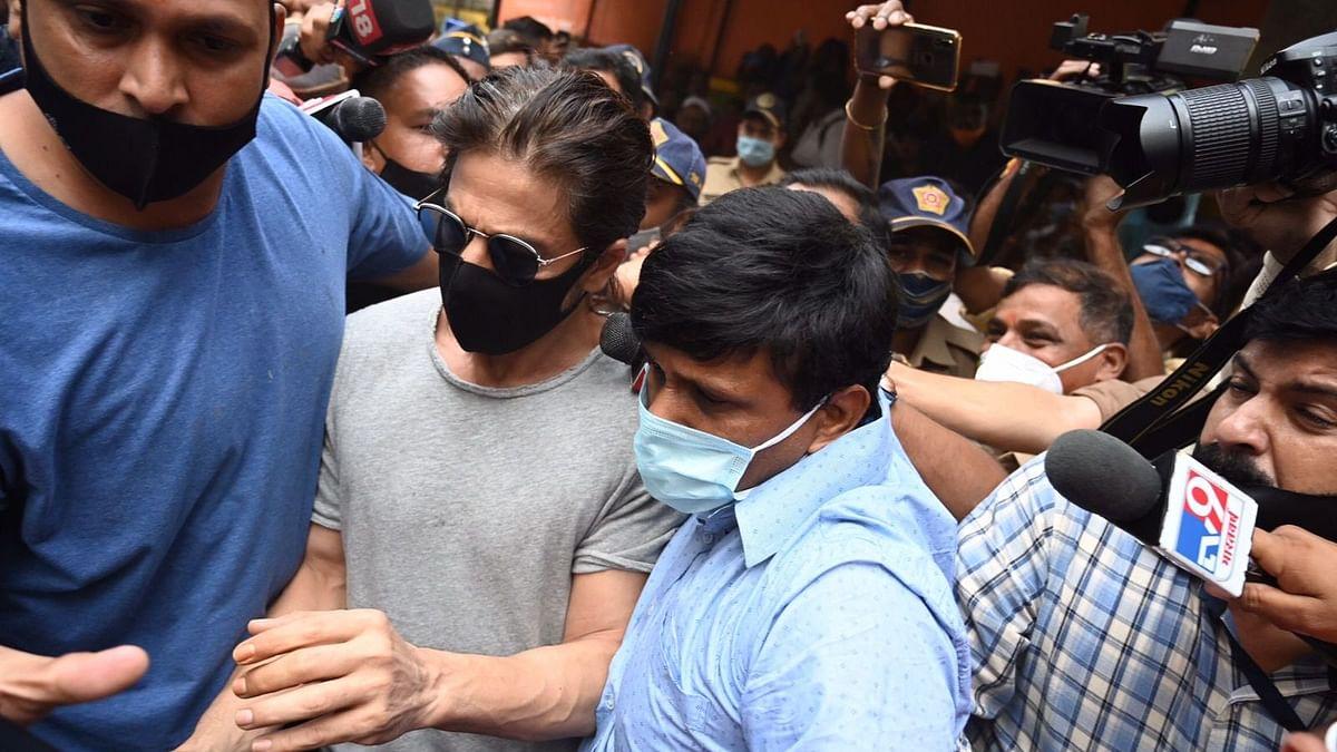 Watch: Shah Rukh Khan Visits Son Aryan at Arthur Road Jail