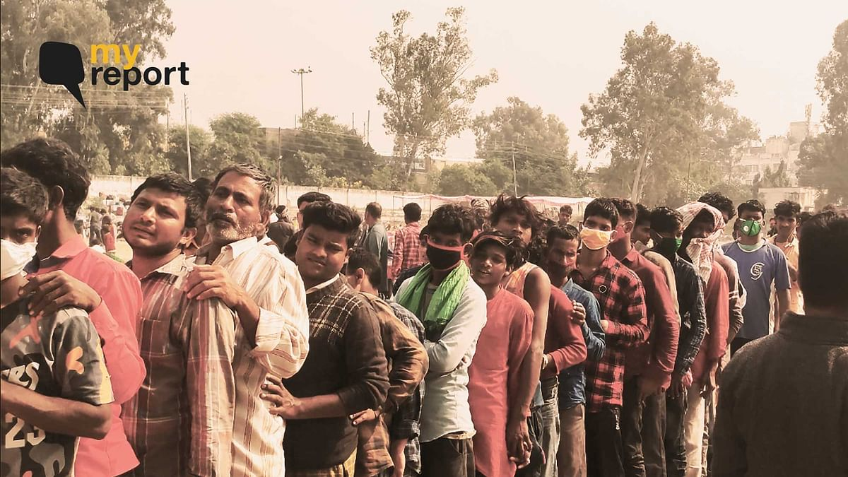 """<div class=""""paragraphs""""><p>Migrants from all over the country working in Kashmir have flocked Jammu Railway Station.&nbsp;</p></div>"""