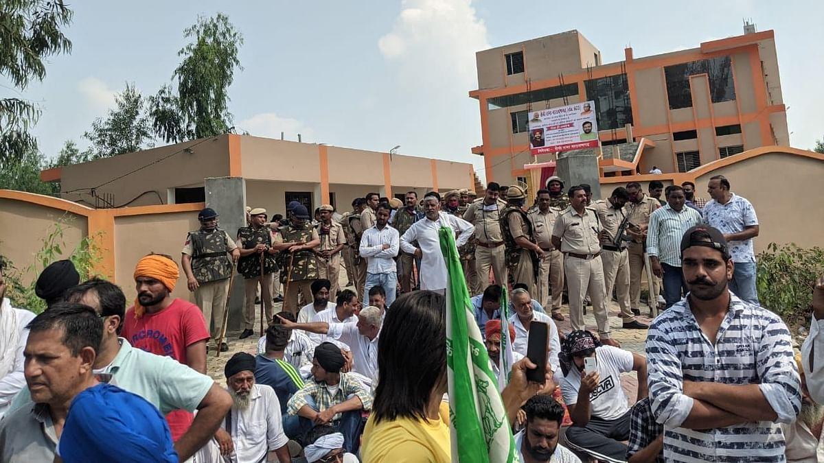 Car in BJP MP Nayab Saini's Convoy Rams Into Protesters, 1 Injured: Farmers