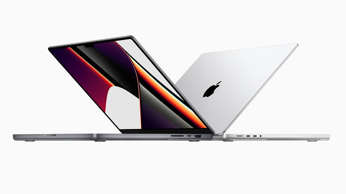 """<div class=""""paragraphs""""><p>The completely reimagined 14- and 16-inch MacBook Pro is powered by the all-new M1 Pro and M1 Max chips.</p></div>"""