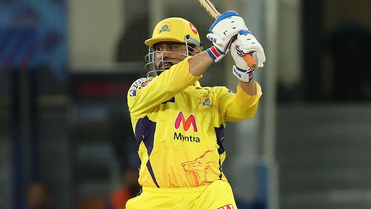 """<div class=""""paragraphs""""><p>MS Dhoni rolled back the years on Sunday evening.</p></div>"""