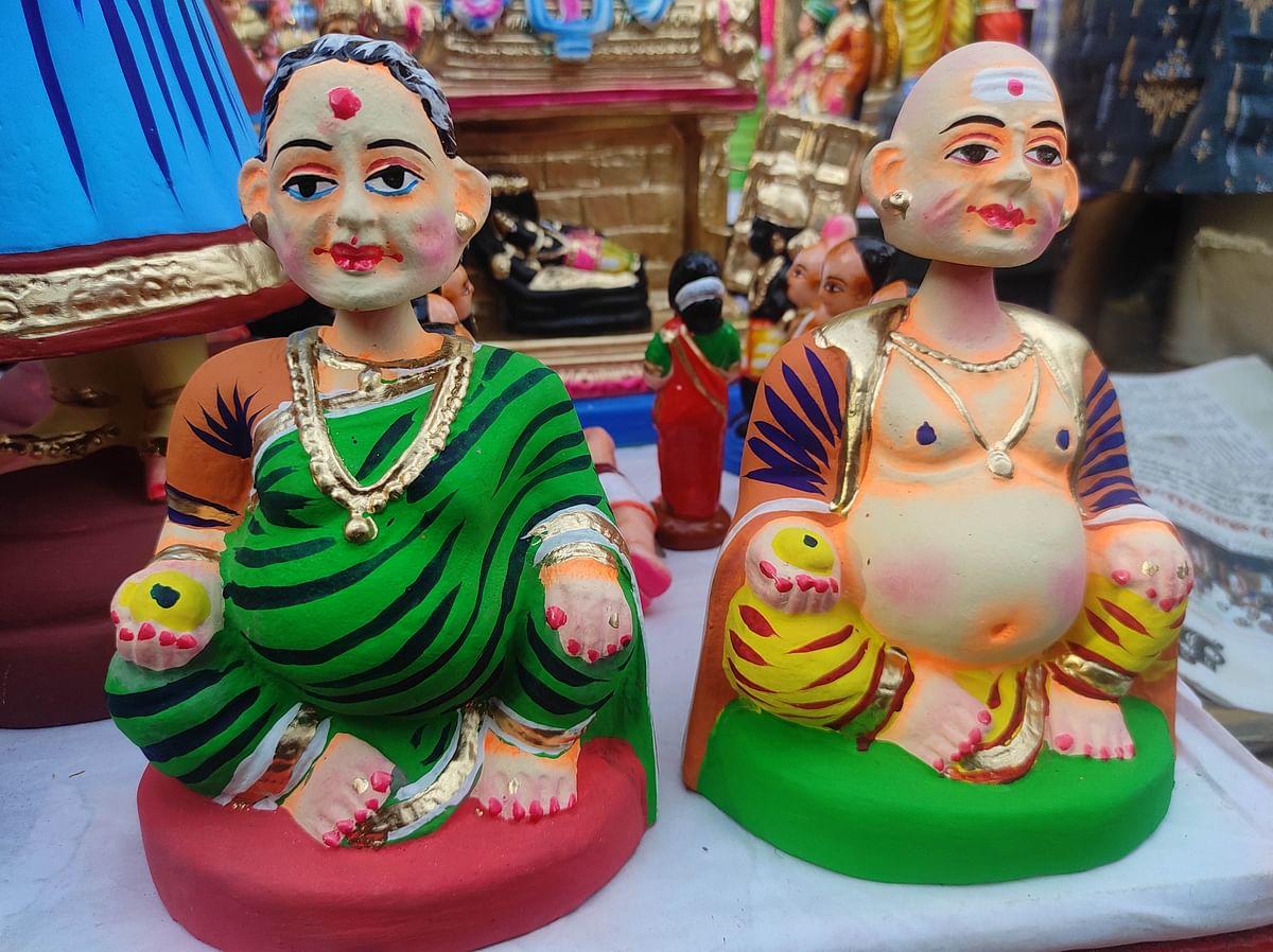 "<div class=""paragraphs""><p>Golu dolls kept for sale at Mylapore.</p></div>"
