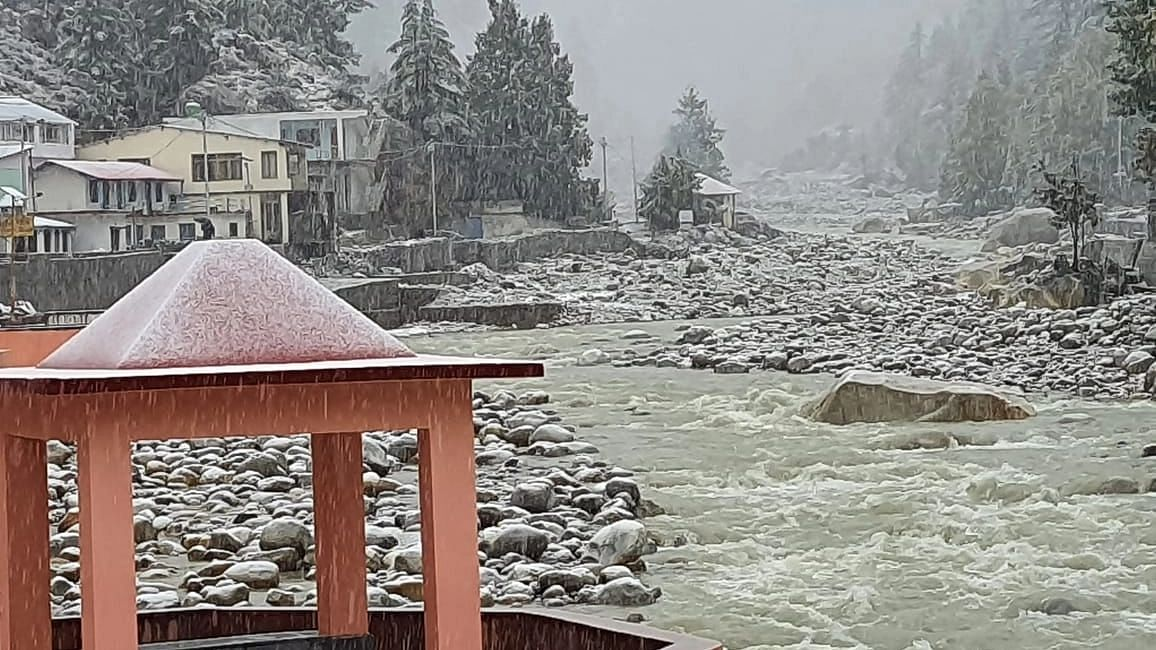 'Red Alert' Issued for Uttarakhand, Char Dham Yatra Halted Due to Heavy Rains
