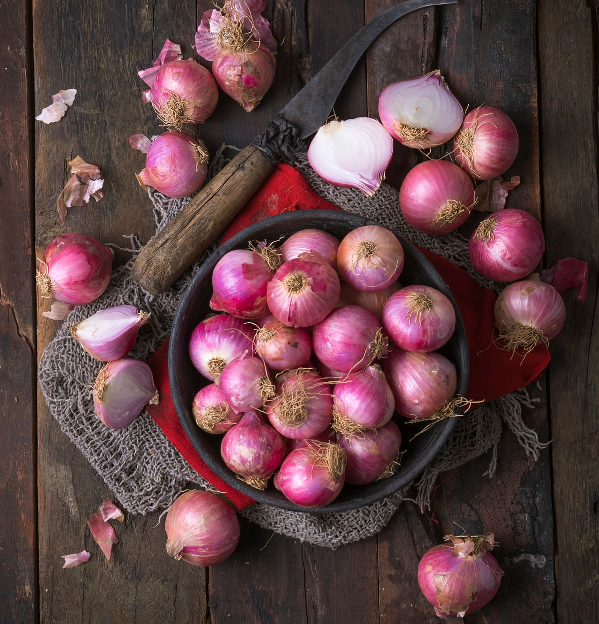 Onions increase the testosterone levels in the body.