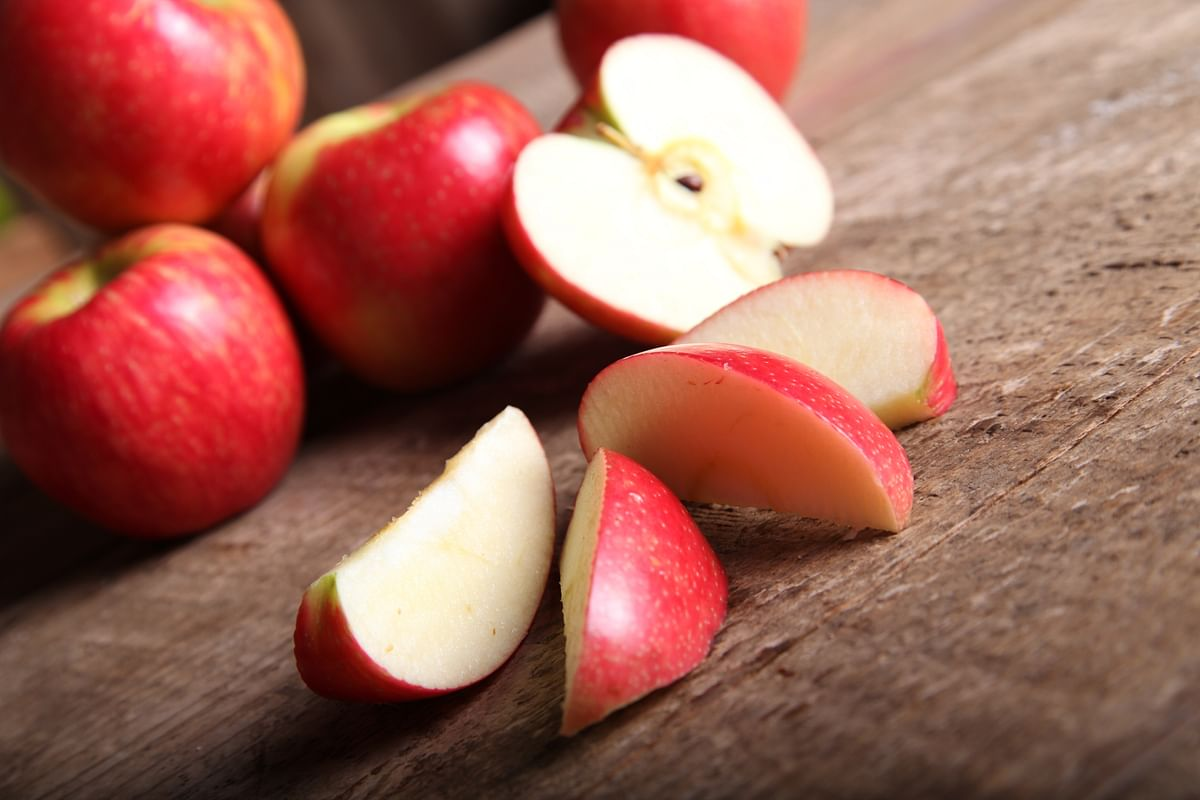 This Is How an Apple a Day Can Keep Pneumonia Away