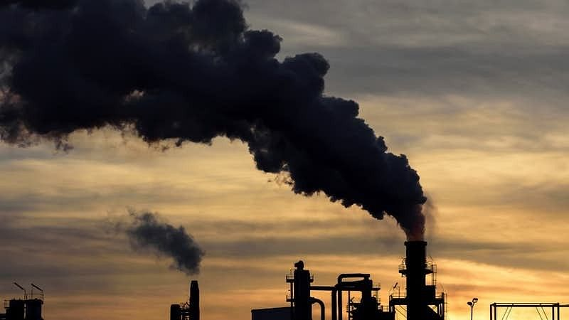 'Paris Climate Pact Can Cut World Healthcare Cost by $54 Trillion'