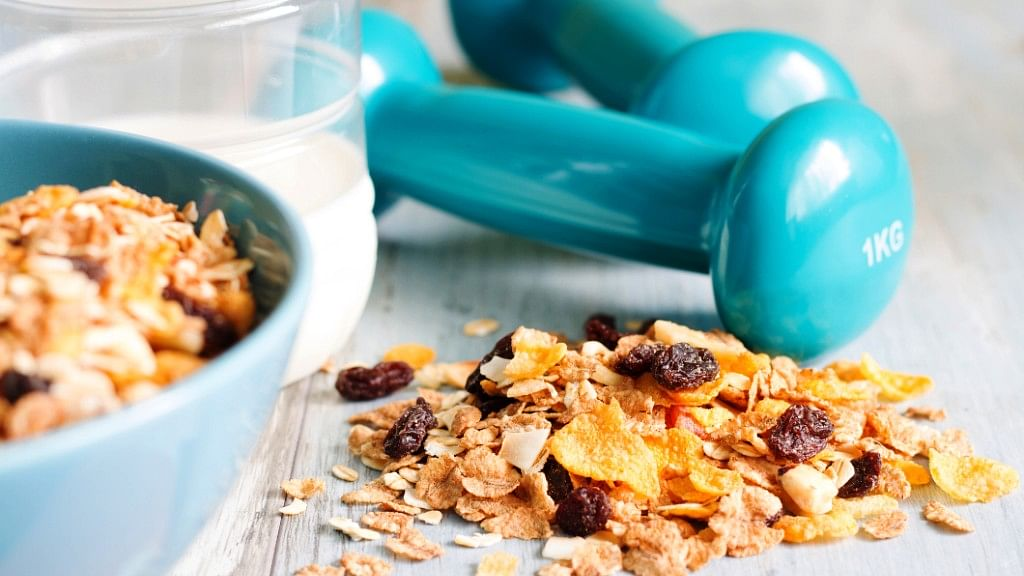 From Banana to Oats: Here Are 5 Foods to Eat Before a Workout