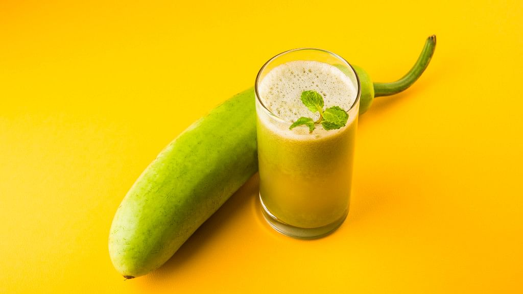 Bottle gourd prevents fatigue and keeps the body cool.