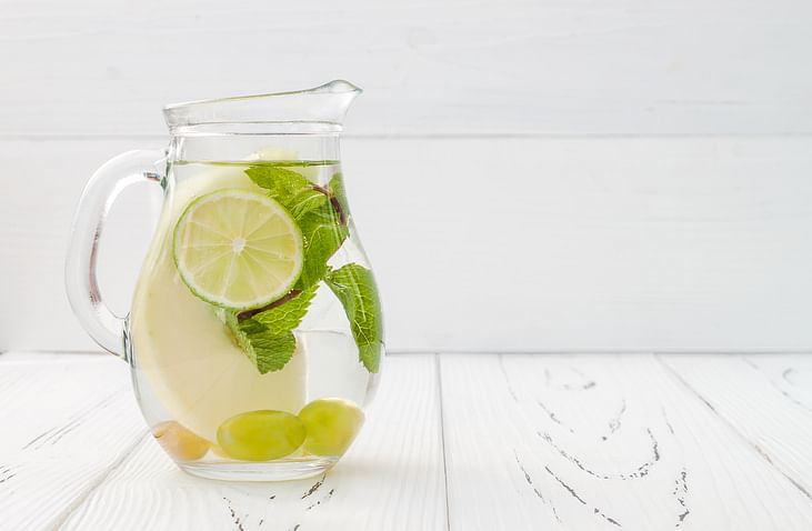 Serve your guests zero-calorie lemonade!