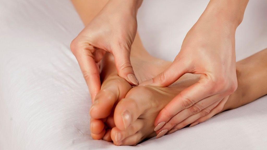 Here's How Ayurvedic Self-Massage Will Help Your Body