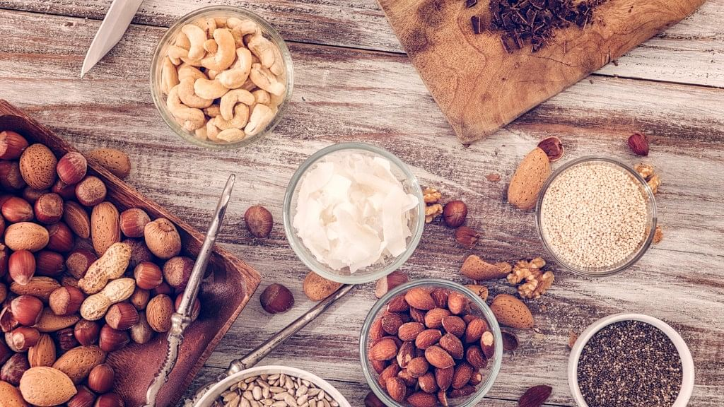 Eat a Diet Rich in Nuts To Boost Sperm Count, Says Study
