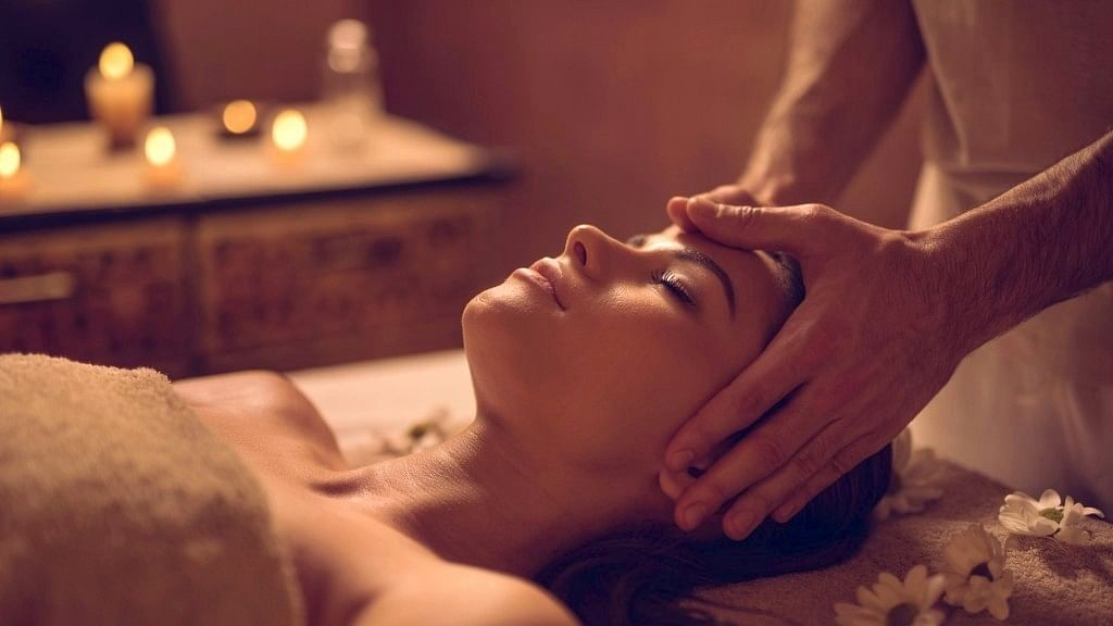 How to Do a Head Massage the Right Way to Relieve Stress