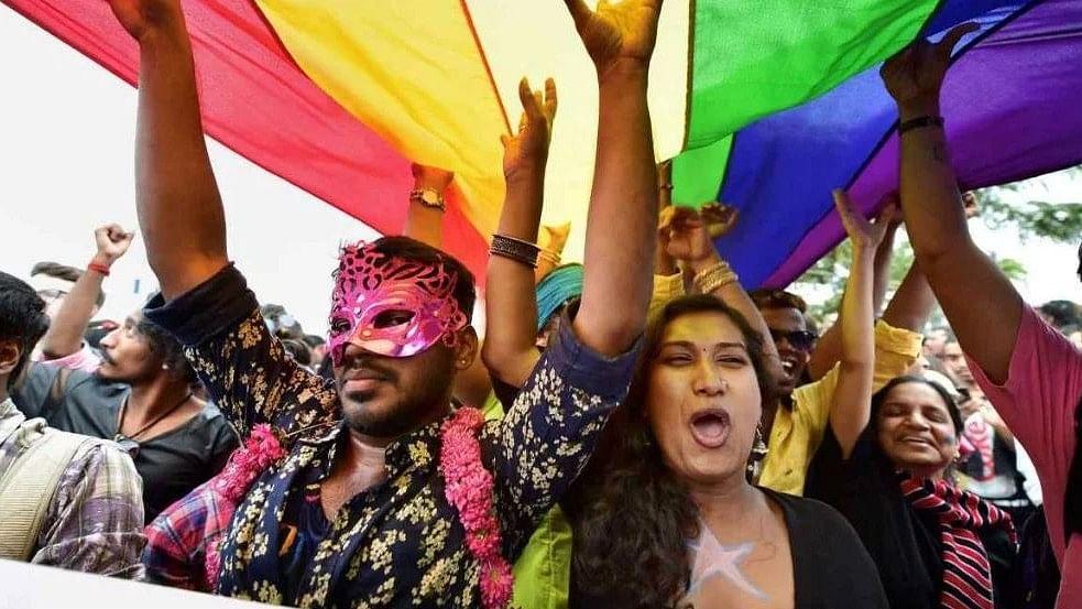 Sexolve 119: 'Sec 377 Verdict Aside, Why This Loud Show of Love?'