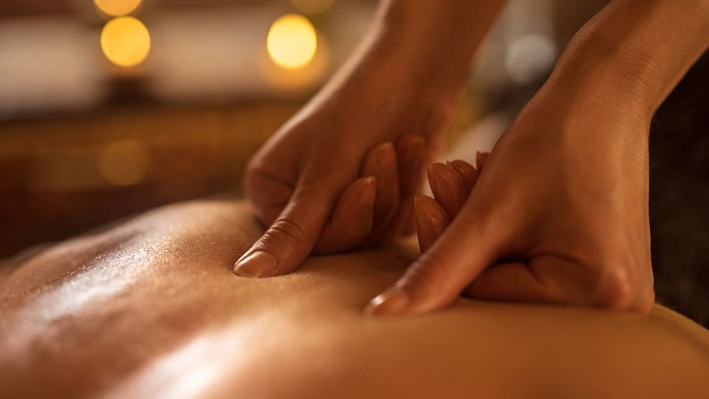 Acupressure Can Help Relieve Lower Back Pain, Finds a Study