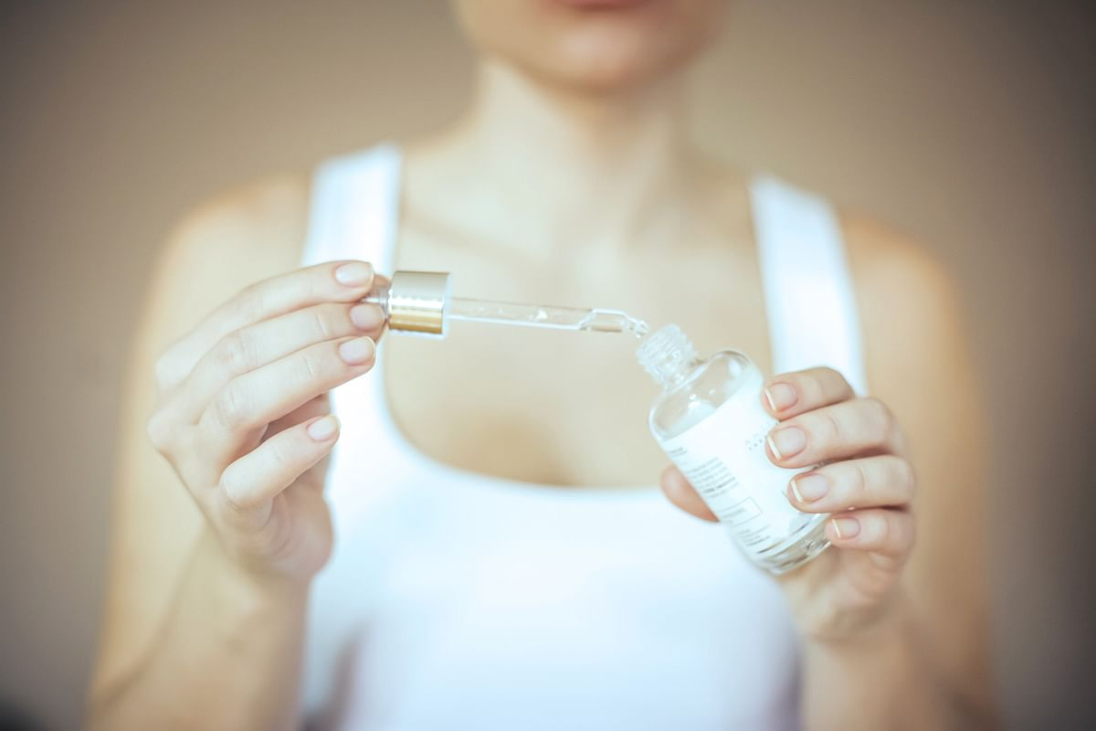 A lot of serums are specifically meant for anti-ageing, but someone in their 20s don't have to specifically opt for them.