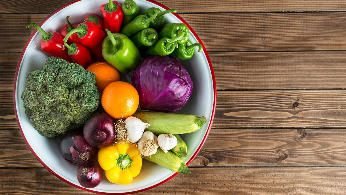 Scientists have proposed a global solution to feed healthy, sustainable diet to 10 billion people by 2050.