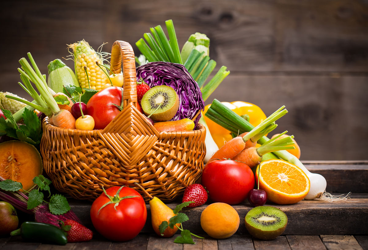 When it comes to mixing fruits and vegetables, Dr Chauhan, reinforces the point about mixing cooked and uncooked food items.