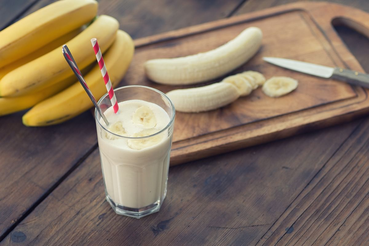 When we talk about combinations with fruits (weird or not), another one to come to mind is with milk.