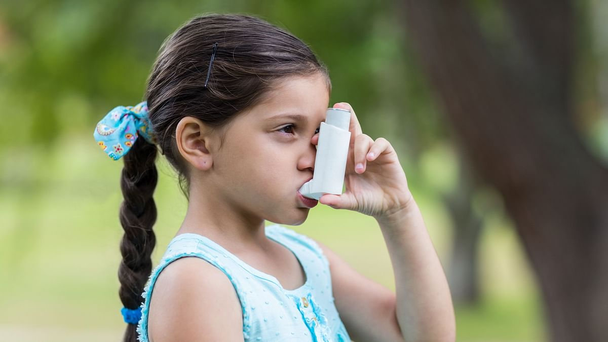 What's The Link Between Hormones and Asthma? An Expert Explains