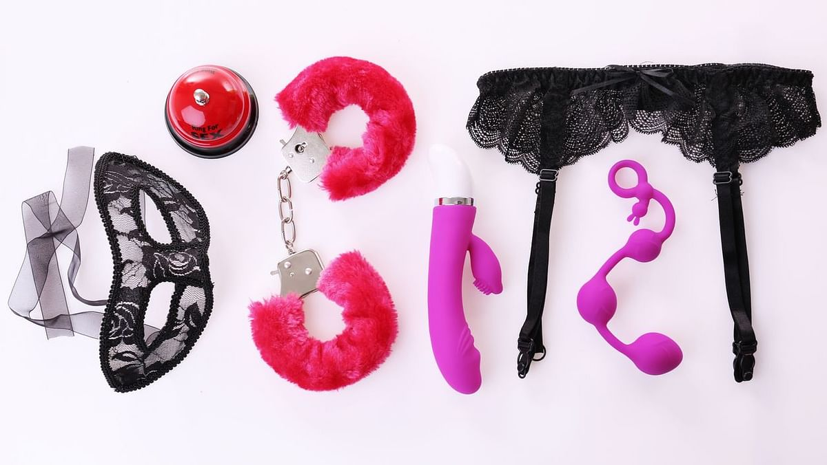 Myths About Sex Toys: Here are some myths, related to women and sex toys, busted.