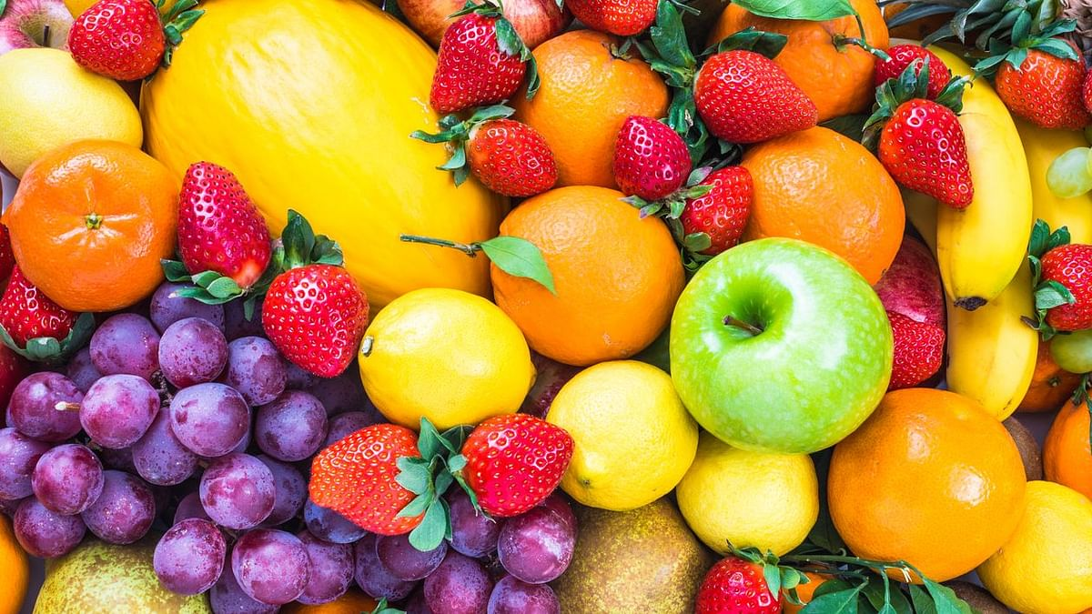 What Does Ayurveda Say About How You Eat Your Fruits?