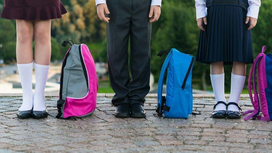 8 Tips to Help Kids Adjust to Changing Schools