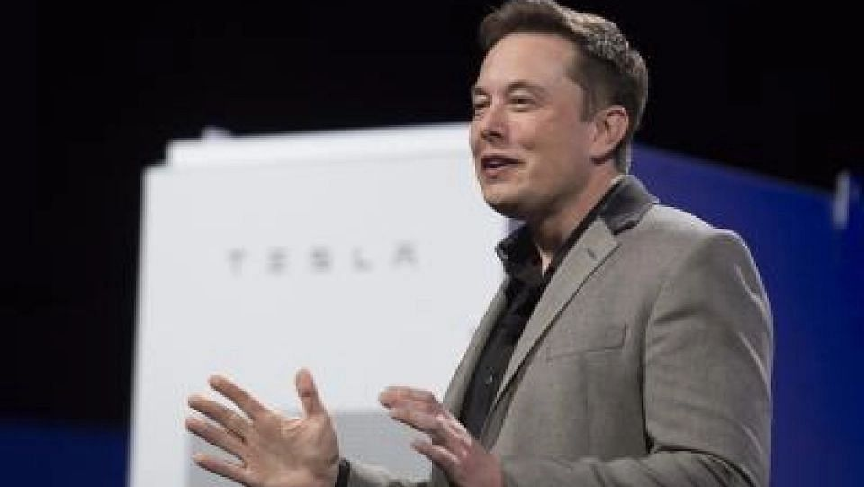 Elon Musk Puts a Chip on the Brain, Targets Human Trial by 2020