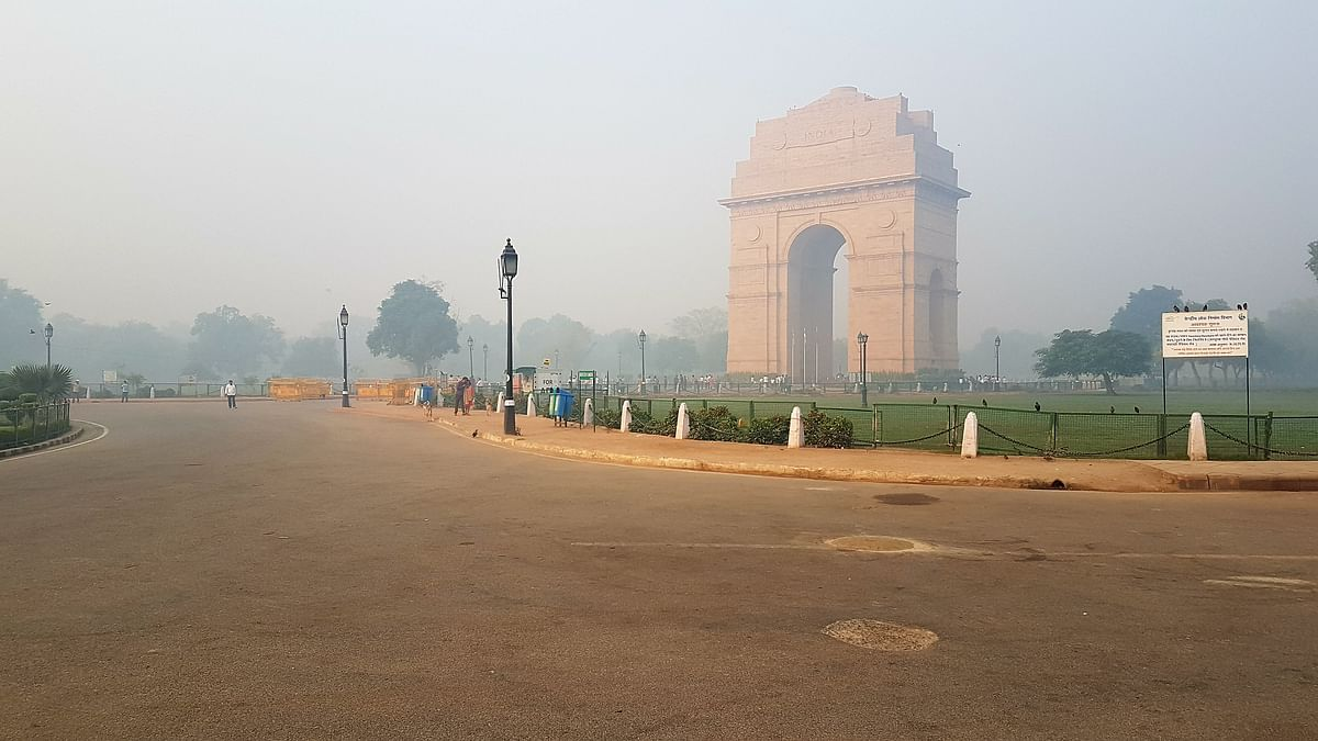 Air Quality Index Today in Delhi NCR, six metros: Air Pollution in parts of NCR continued to be