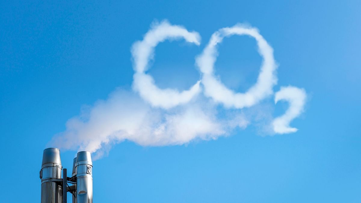 """Israeli scientists develop bacteria which """"eat"""" carbon dioxide."""