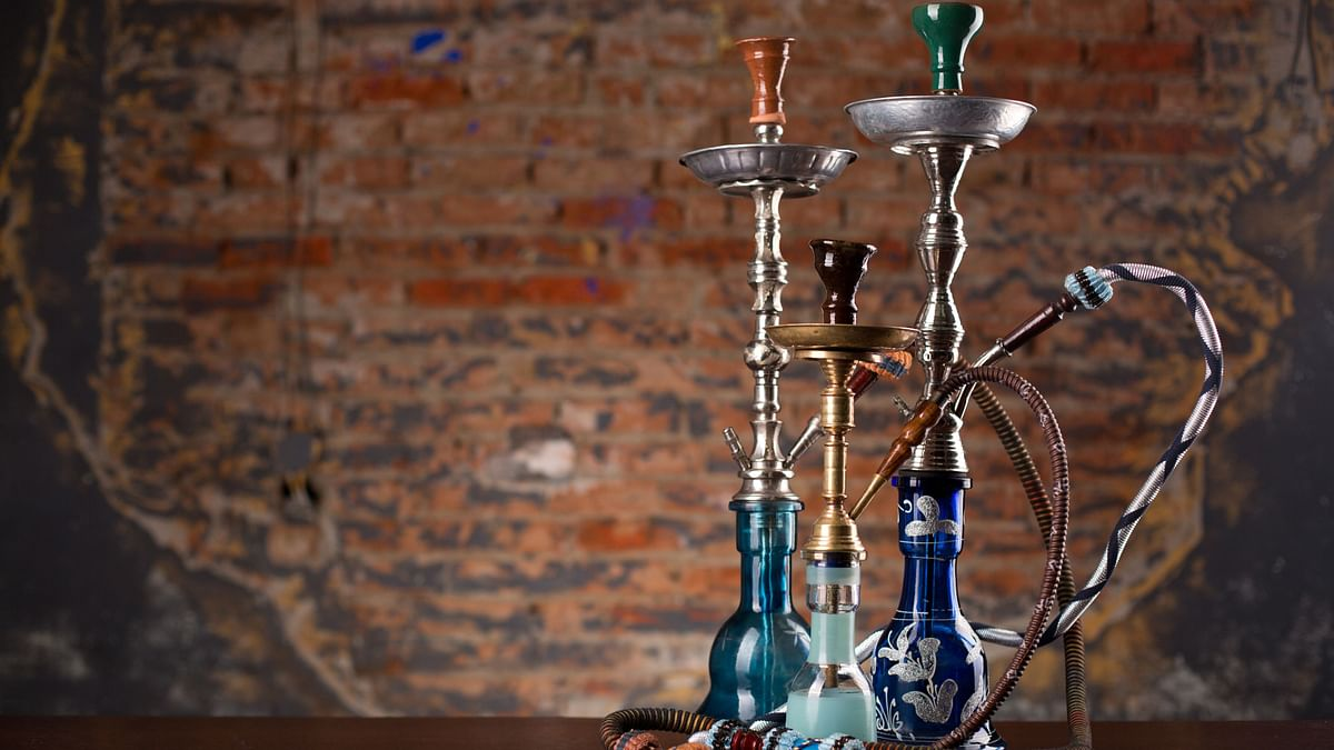 Delhi Govt Bans Hookah in Public to Curb the Spread of COVID