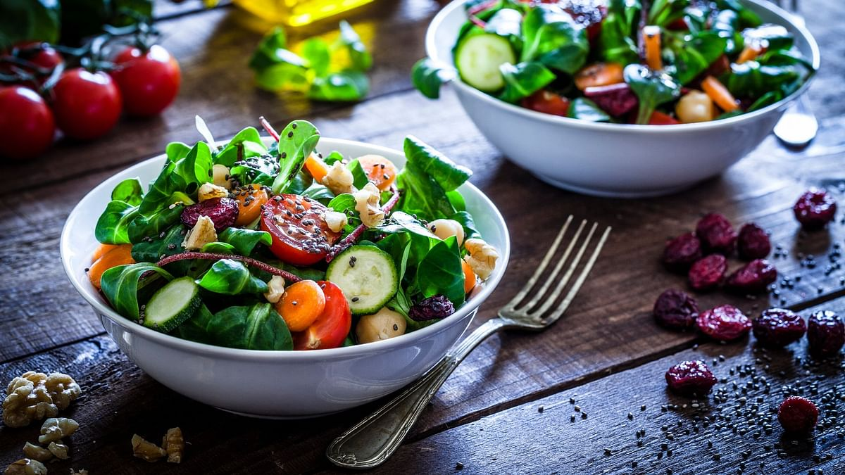 Your diet should meet your nutritional needs. Here's a diet plan for your day.