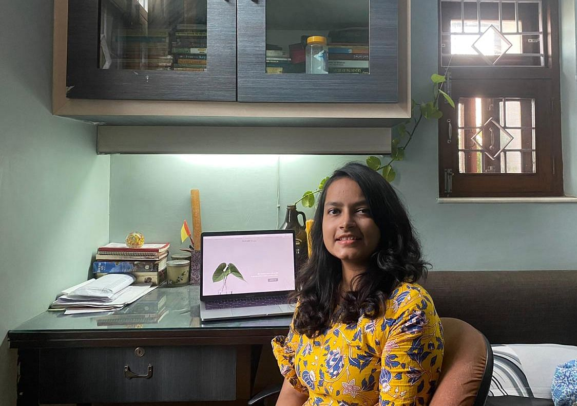 Jahnvi is working from her home amid lockdown. She has set up a little workstation for herself.