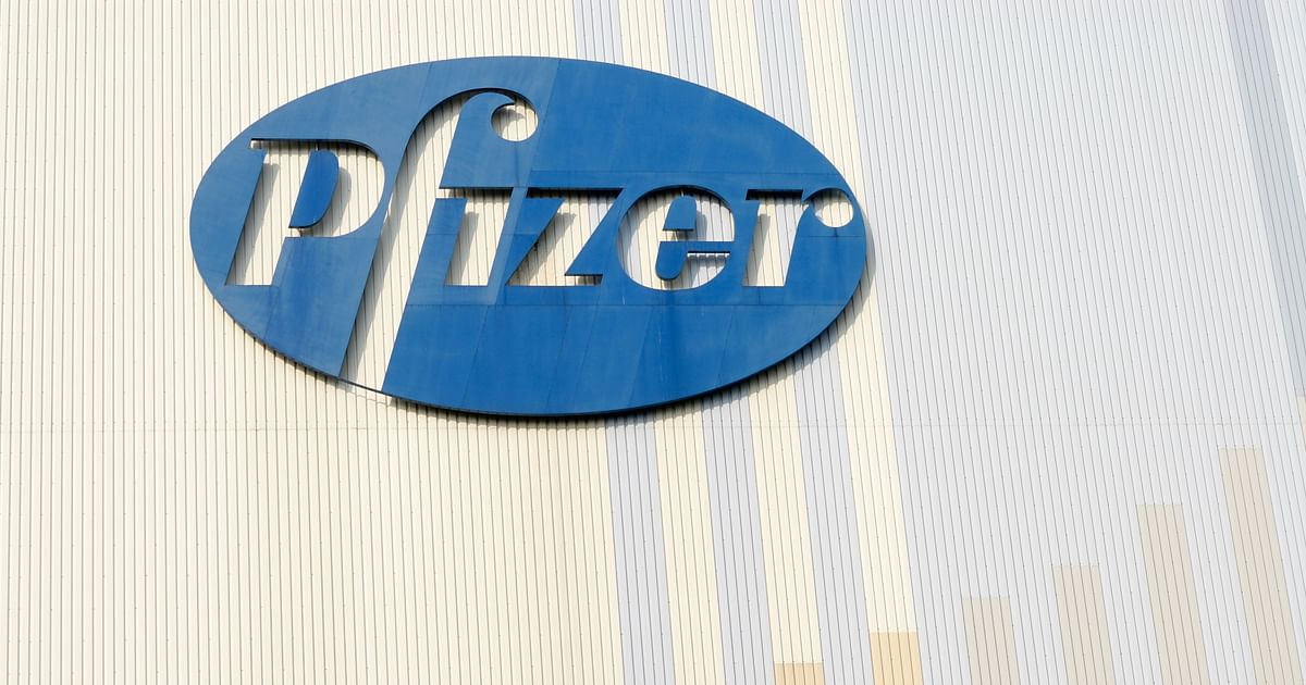 Pfizer COVID Vaccine Cuts Transmission Risk After One Dose: Study - The Quint